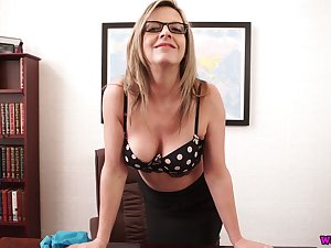 Vibrant buxom lady in black stockings Lou Sink plays with her boobies