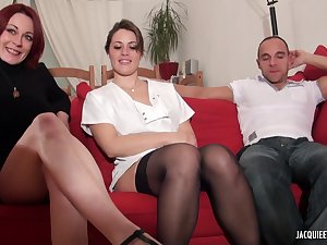 French Porn Movie - Threesome Orgy enflammé pour squirting à volo - amateur mating