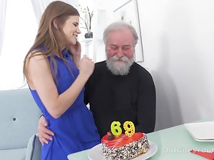 69 yo baffle gets a pleasant surprise from his coition starved girlfriend