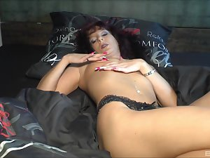 Sexy mature deals young penis in perfect XXX impersonate