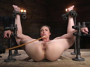BDSM in extreme for the defeated babe