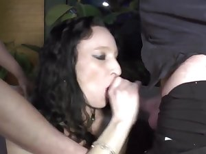 Raunchy Mature Added to Her Younger Lovers - gangbang