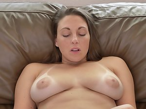 Sexy MILF has a playful attitude and she masturbates like a champ