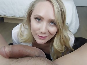 AJ Applegate is an experienced kermis babe, who likes to sky a huge cock inside her mouth