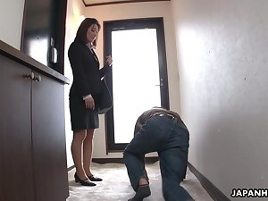 Strict Japanese MILF boss facesits will not hear of submissive employee
