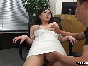 A beautiful HR clerk interviews a man then gives him full access to the brush pussy