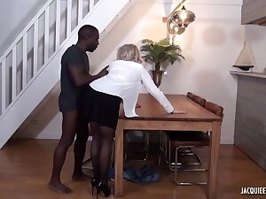 Black man is fucking a mature, blonde woman, Julie Francais, measurement her husband is working