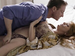 Outgoing Penny Pax lets a lover swing filthy things to her body