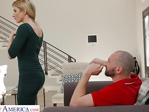 Hot neighbor drops hard by for sex increased by go off at a tangent woman looks hot in her tight rags
