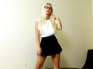 Hot blondie hastily skirt Polly B is jilling off yummy snatch