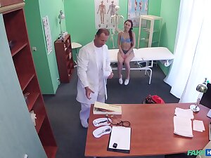 Bitch leaves horny doctor to dive into say no to cunt