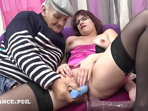 La France A Poil - A catch Real Chubby Redhead French Wench